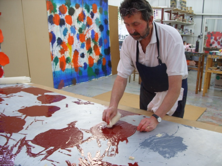 Jack Shirreff wiping Howard Hodgkin 'As Time Goes By' carborundum plate.